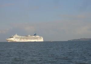 Cruise liner Norwegian Star