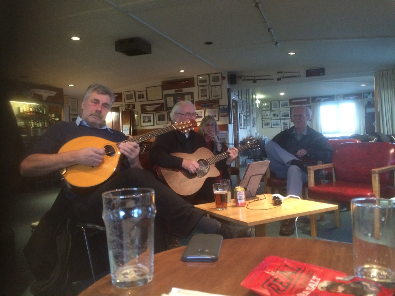 Acoustic Music Session 6 Nov 2016 - photo Ian Lindsay
